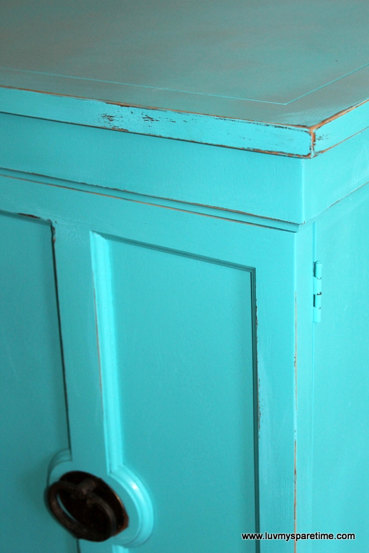 DIY distressed furniture