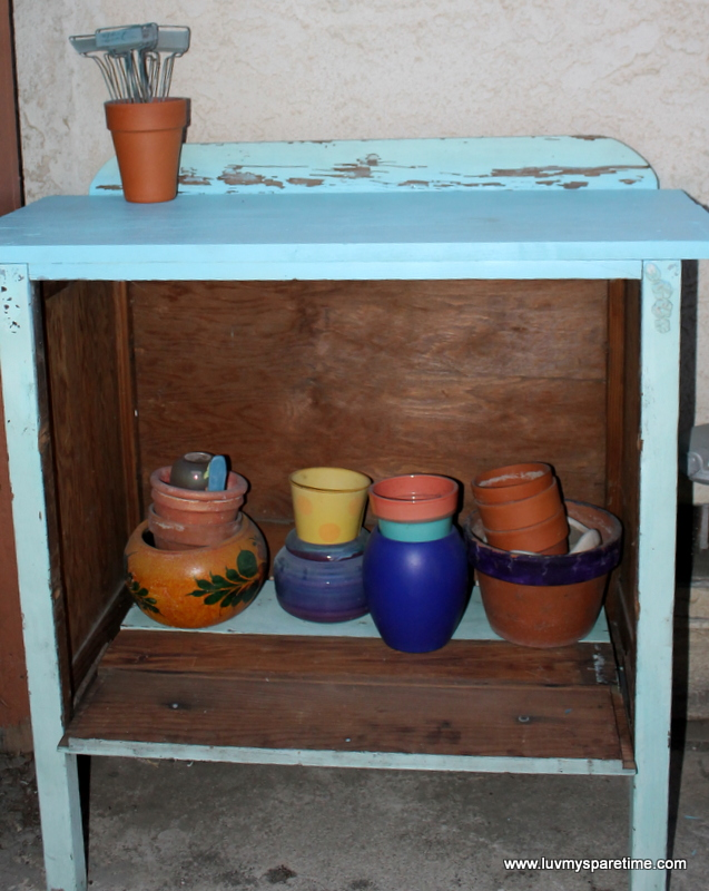 DIY Dresser potting bench